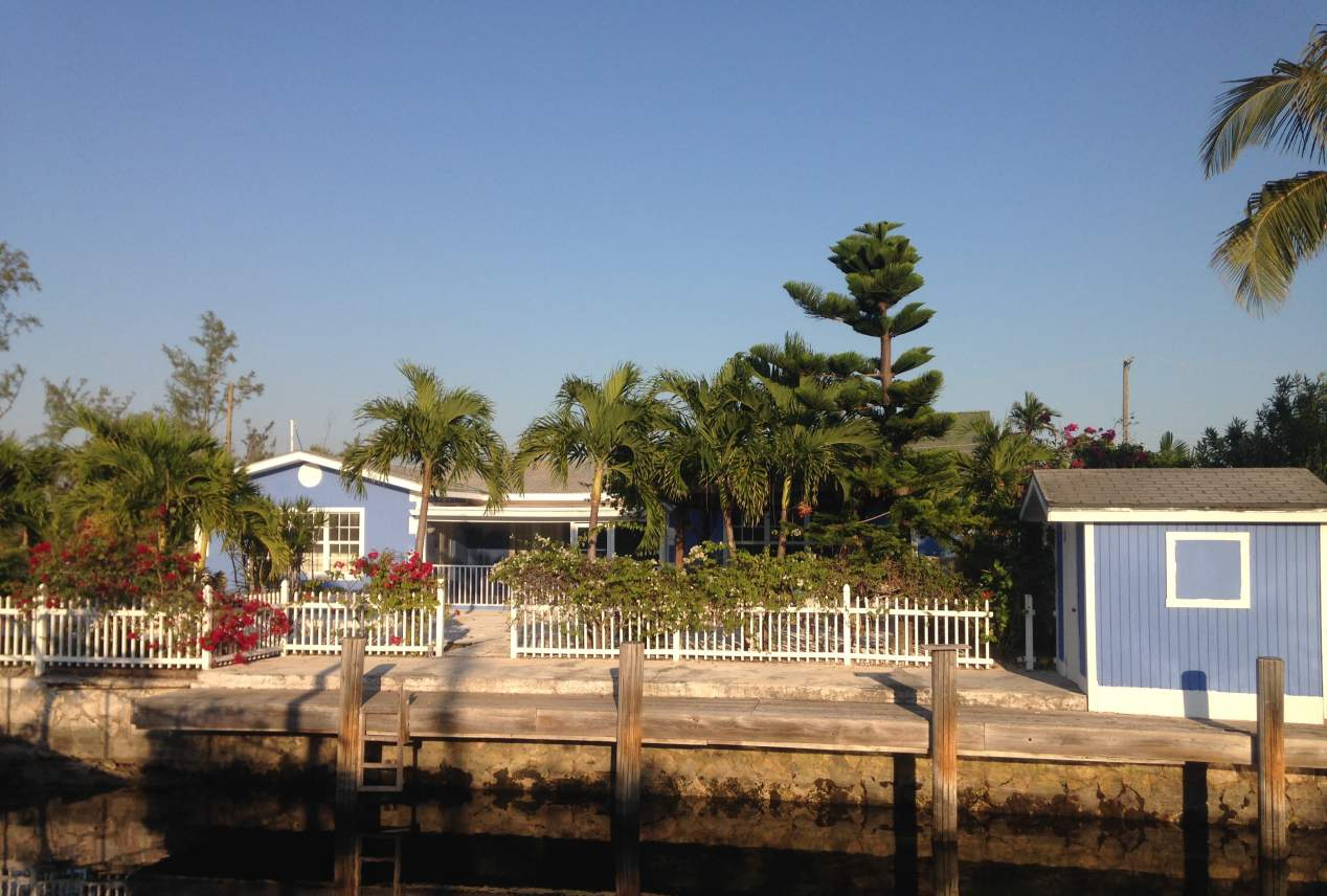 Charming Family Home in Coral Harbour Nassau/New Providence